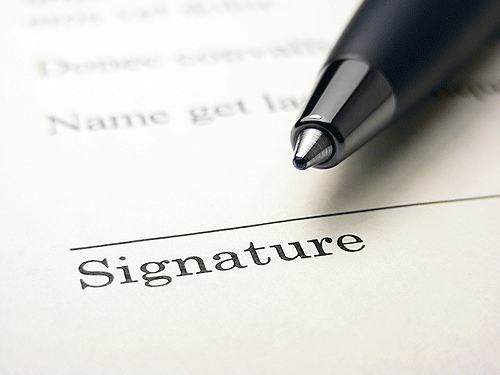 Effectively Obtaining a Signature in the Field